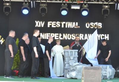 XIV MIĘDZYNARODOWY FESTIWAL PIOSENKI I FORM TWÓRCZYCH OSÓB NIEPEŁNOSPRAWNYCH W PODOLANACH