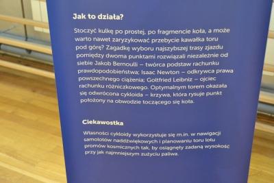 """WYSTAWA INTERAKTYWNA """"NAUKOBUS"""" W PORĄBCE USZEWSKIEJ 8"""