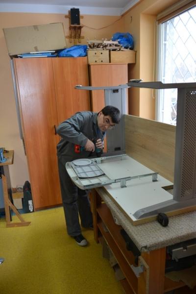 Pracownia stolarska 12