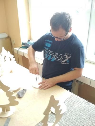 Pracownia stolarska 16